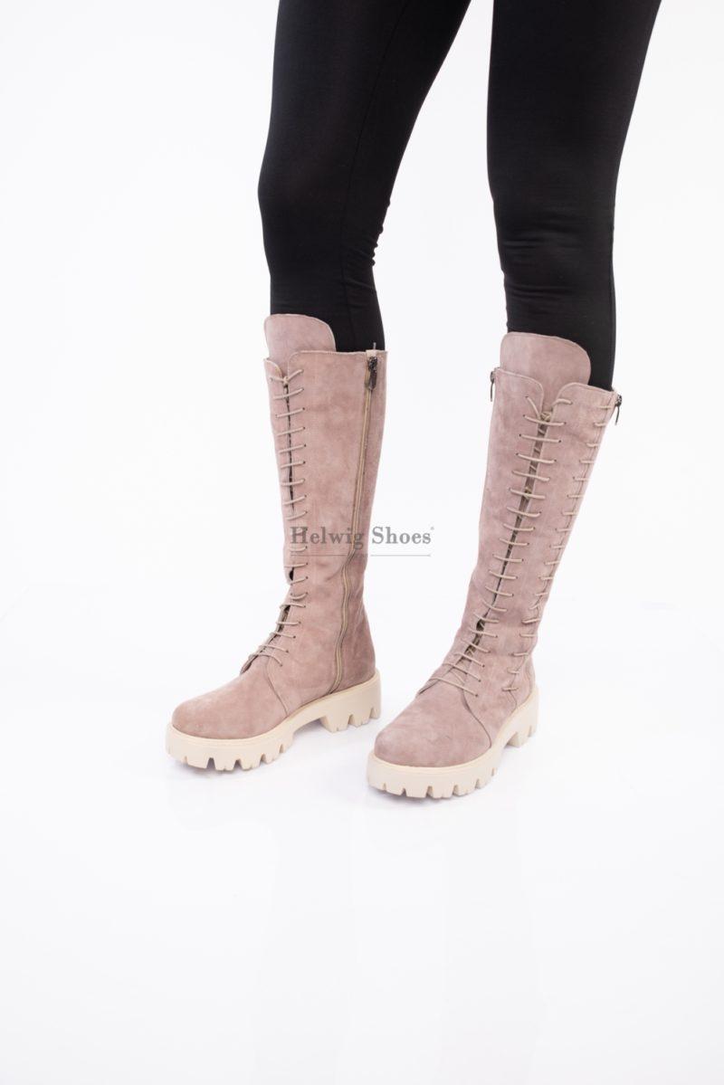 Bocanci lungi roz din piele intoarsa, sub genunchi