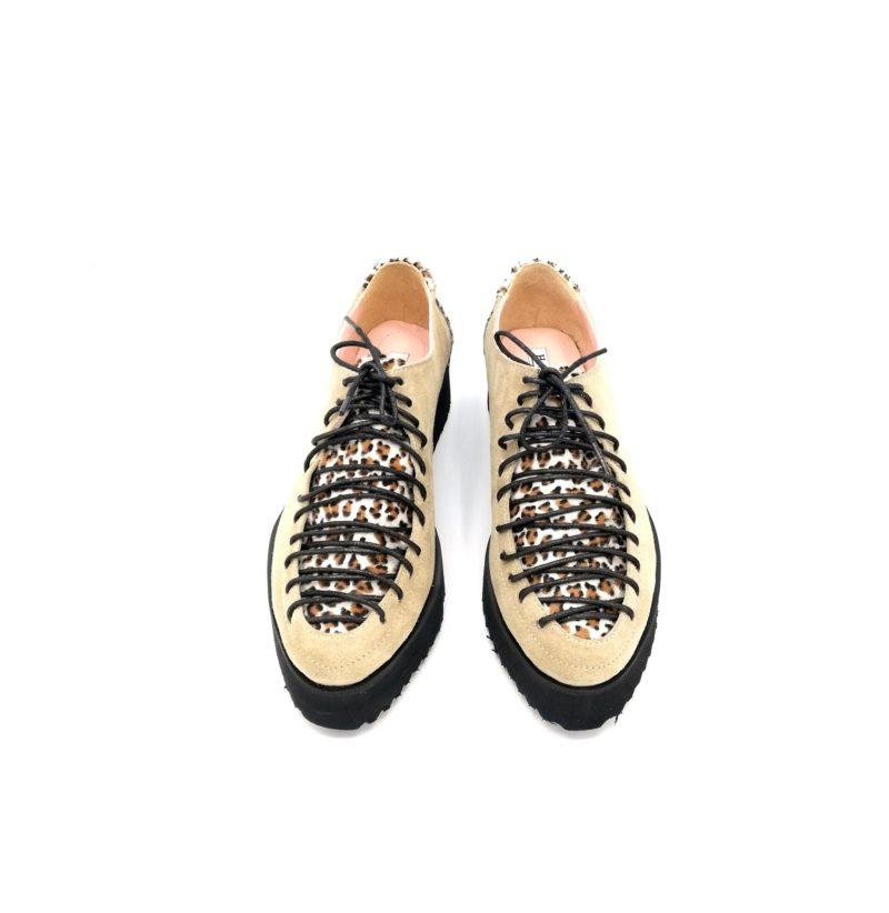 Pantofi bej din piele naturala cu piele de ponei
