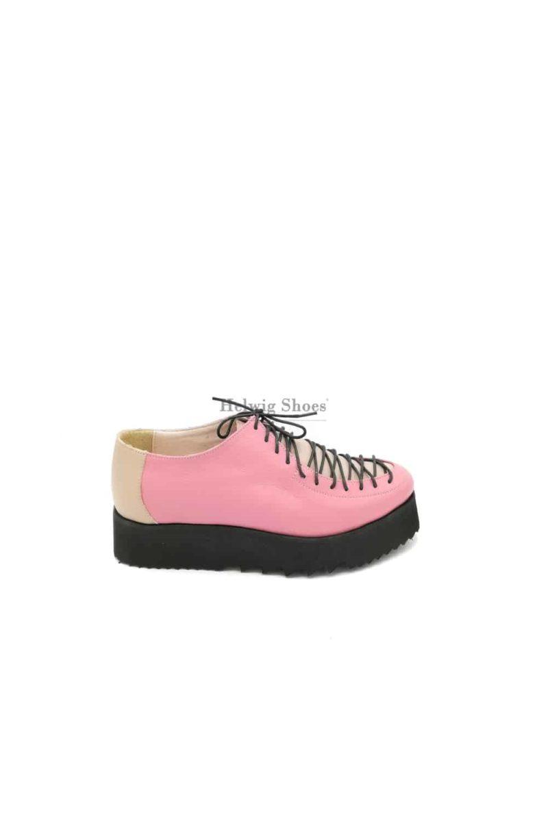 Pantofi roz-crem din piele naturala cu sireturi
