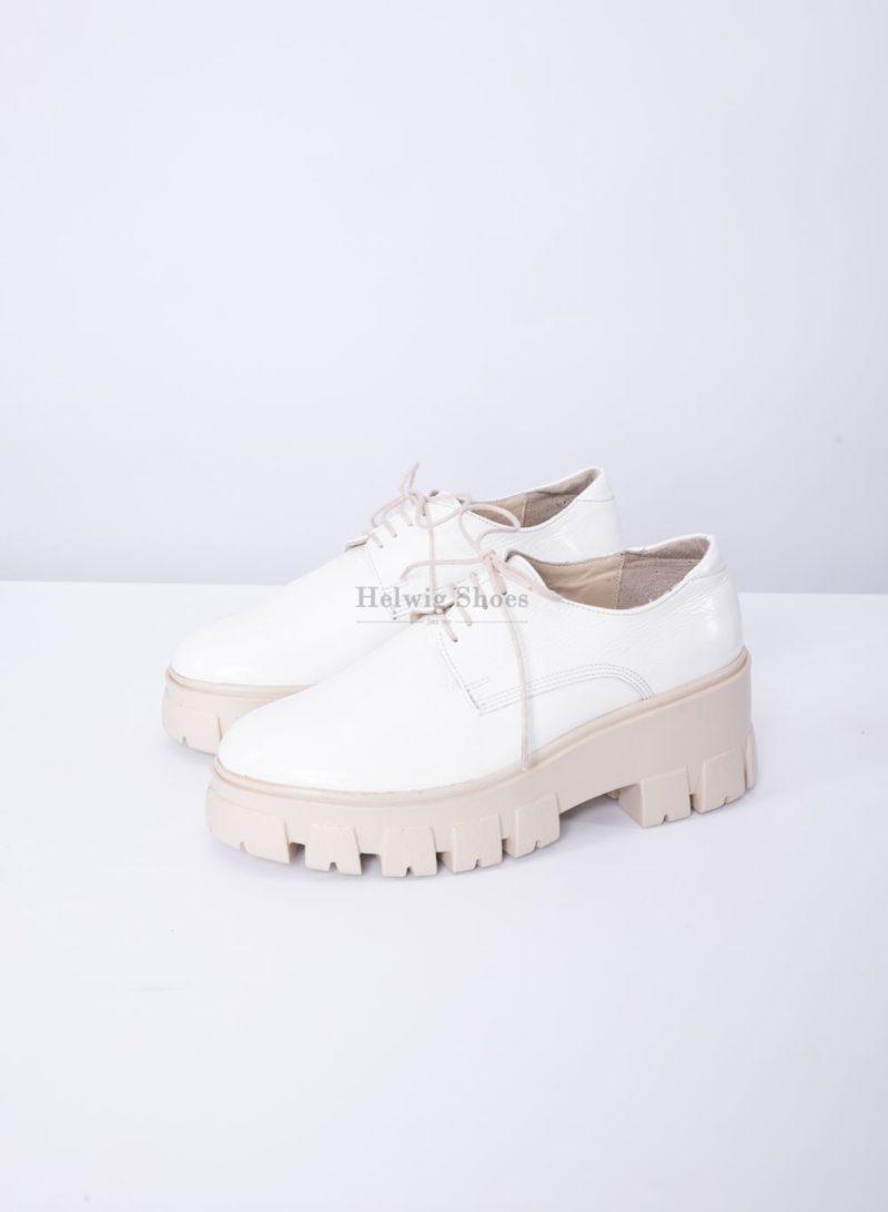 Pantofi dama din piele nautrala alba lacuita