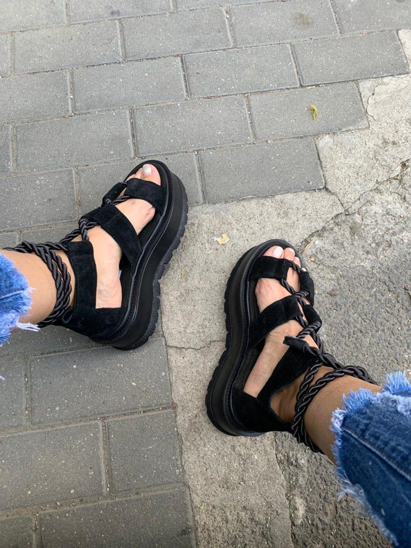 Sandale negre din piele naturala